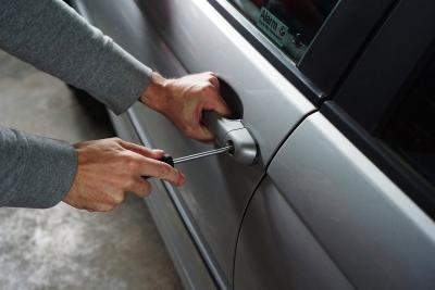 3 Security Features to Protect Your Car From Being Stolen